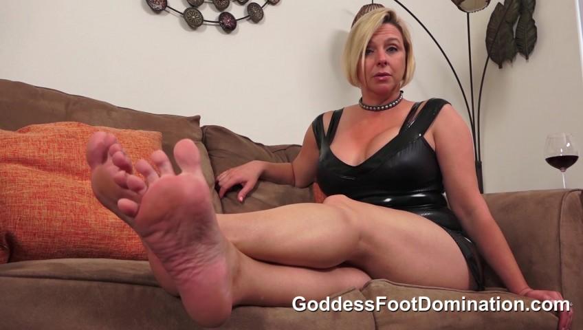 Goddess Alexandra Snow Feet